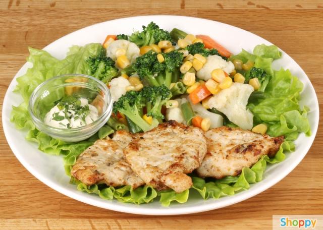 рецепты салатов из курицы с ананасом и шампиньонами